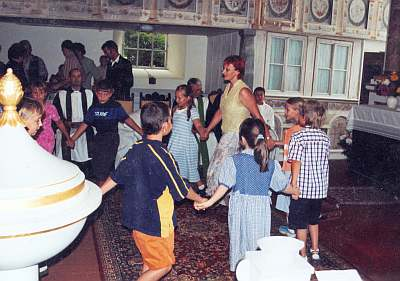 Schuleingang 2003 - Aufführung Klasse 2