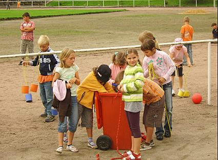 Start des Schuljahres im Container, August 2010 - 2