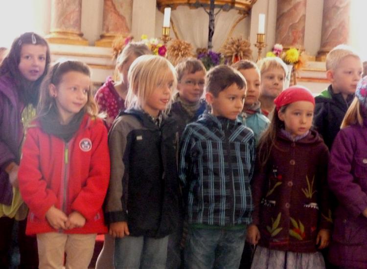 Programm in der Kirche